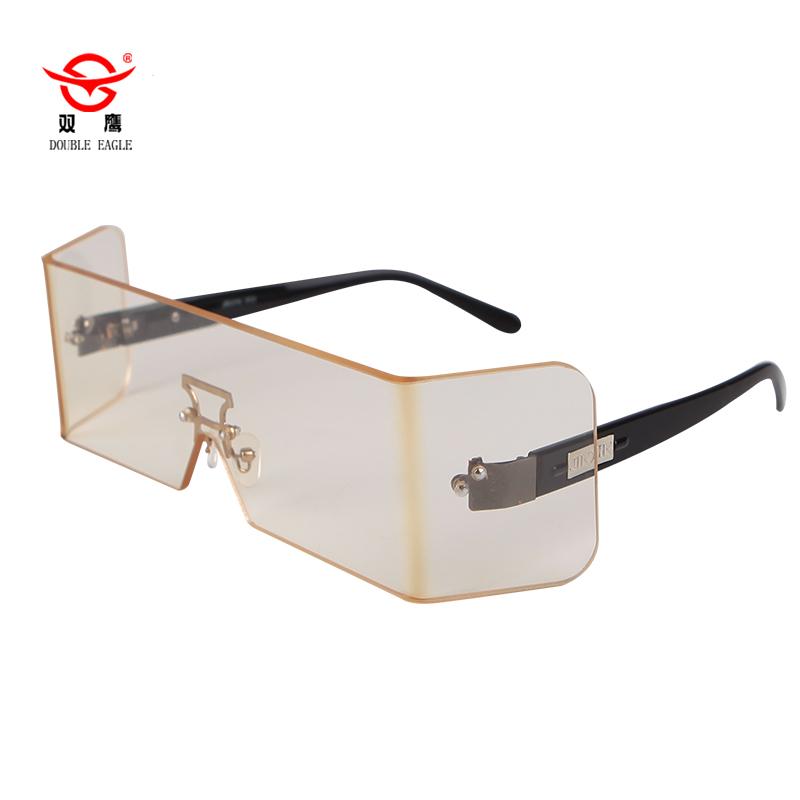 佩戴铅眼镜可明显减少眼睛的辐射